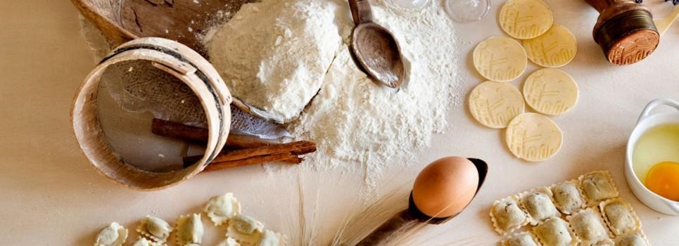 Pasta rellena harina y huevos
